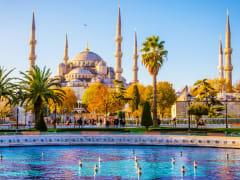 Turkey_Istanbul_Blue_Mosque_shutterstock_589266878