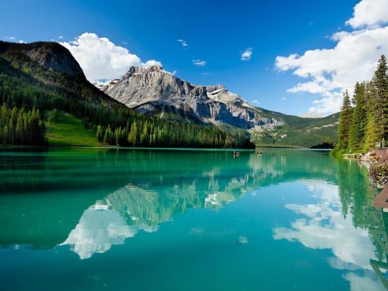 _Emerald_Lake_shutterstock_90887678