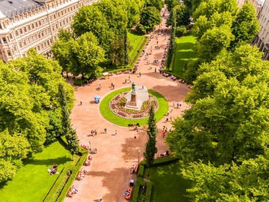 Finland_Helsinki_Esplanade Park_shutterstock_463982030