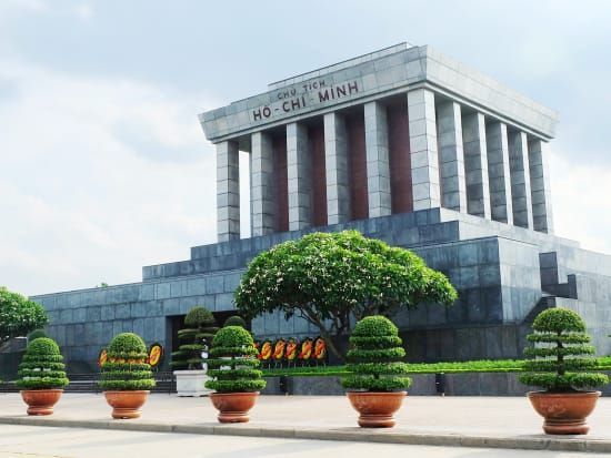 Vietnam_Hanoi_Ho Chi Minh Mausoleum_shutterstock_449720002