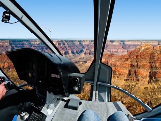 USA_Arizona_Grand Canyon_Helicopter flight_shutterstock_134639528