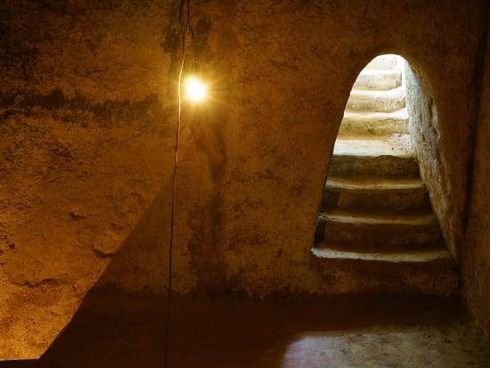 Vietnam_Cu Chi Tunnel_shutterstock_184806920