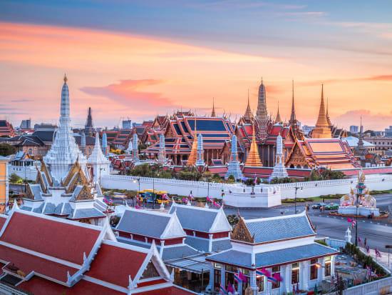Thailand_Bangkok_Wat Phra Kaew_shutterstock_423267232