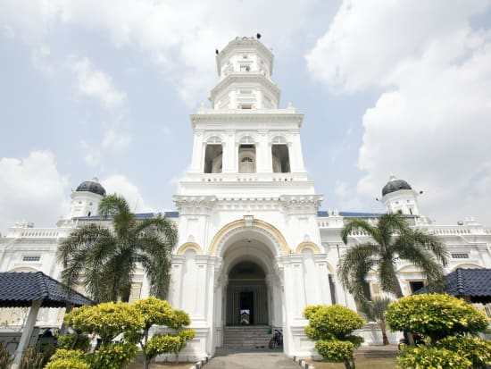 Malaysia_Johor Bahru_Sultan Abu Bakar State Mosque_shutterstock_176089526