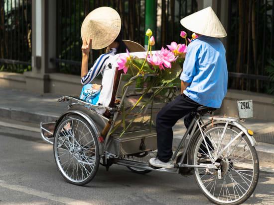 Vietnam_Cyclo_shutterstock_749785864
