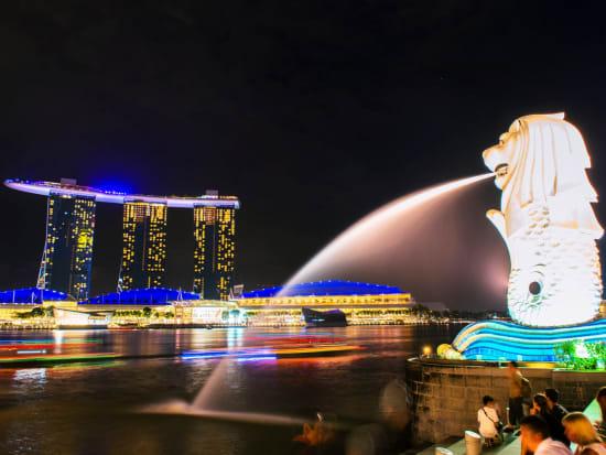 Singapore_Merlion_Marina Bay Sands_Night_Illuminated_123RF_73337494