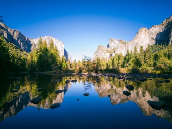 USA_Yosemite_ Yosemite National Park_shutterstock_357519503