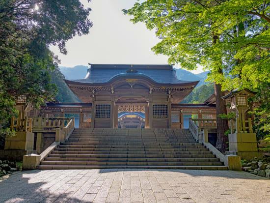 Japan_Niigata_Yahikojinja_pixta_56663668_M