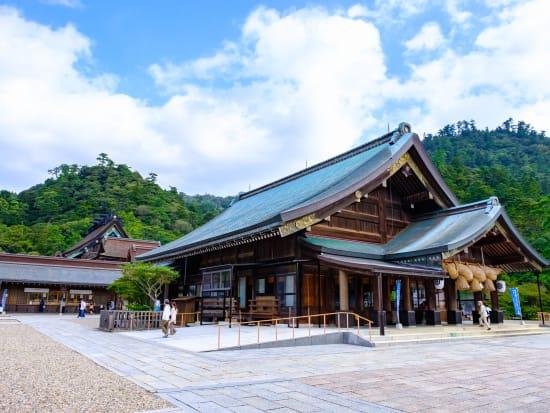 Japan_shimane_izumotaisya_shinrakuden_pixta_73444100_M