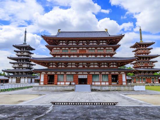 Japan_Nara_Yakushi-ji_PIXTA_67127820