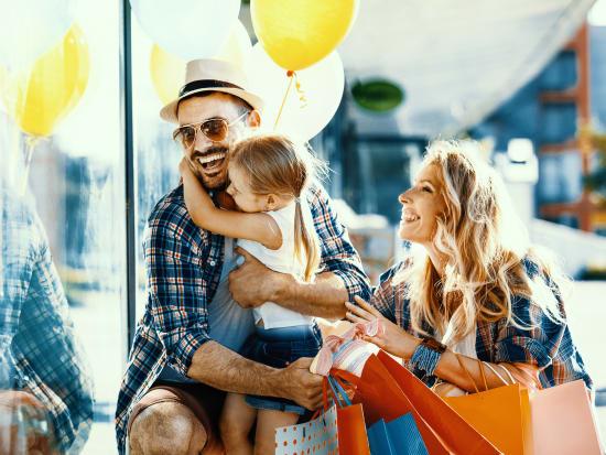 Shopping_family_sale_shutterstock_682538539