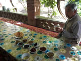カレーズ(井戸)見学館の後,農家で干し葡萄いただきました.