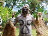 ヒマカベ族の不思議なゴーストダンス