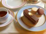 デザートです。マカロンもケーキも可愛かったです。