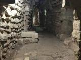 地下神殿へ通じるトンネル