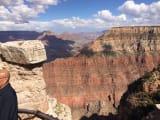 地層の色は崖ごとに違います。