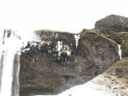 滝一部凍ってます。