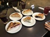 昼飯のパイ、2人分!