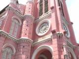 ピンクの教会は中には入れず外観撮影のみ