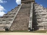 チチェンイッツァ遺跡のピラミッド