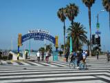 Sant Monica Blvd.の突き当り、ビーチへの入口