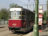 路面電車で一気にプラハ城近くまで登ります