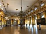 展示作品だけでなく、館自体が豪華絢爛