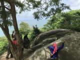 象から降りて一休み中の象使いさんw