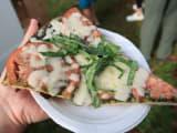KCCファーマーズマーケットのピザ