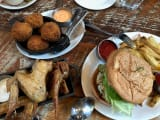 前菜)Homer St. Cafe & Bar ボリューム満点