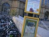 フランクフルト駅前の乗り場の案内板