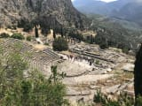 アポロン神殿と古代劇場