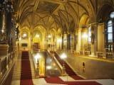 国会議事堂の内部。豪華です。