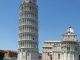 6月ごろに行ったピサの斜塔です