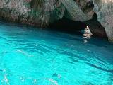 エメラルドの洞窟。青の洞窟には無い開放感