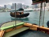 アバディーンで、このようなサンパン船に乗って、湾内を一周しました。水上生活者の様子などが見れます。